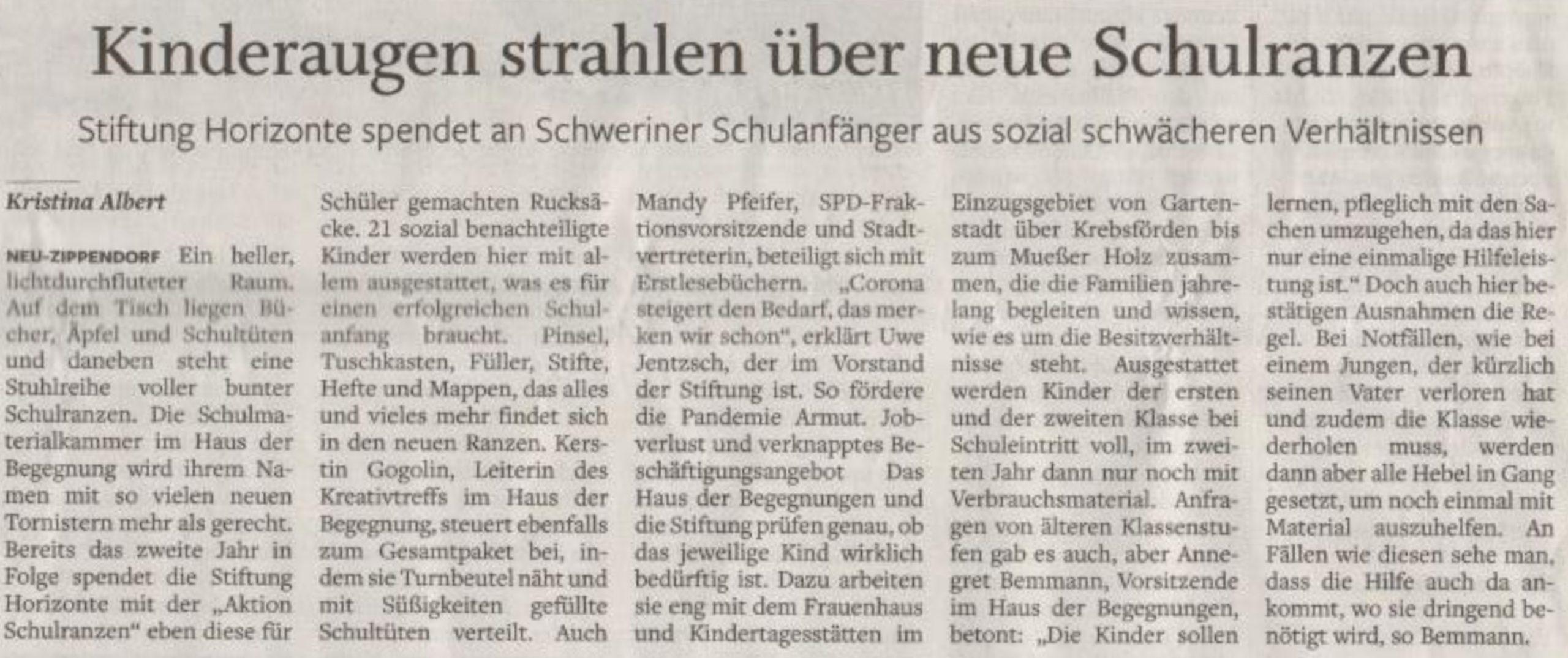 """Artikel SVZ vom 20.7.2021, """"Kinderaugen strahlen über neue Schulranzen"""""""